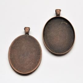 Houder U: Prachtige Camée of Cabochon houder. Binnenzijde: 30 x 40mm rood koper kleur