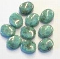 Per stuk Glaskraal grillig plat ovaal groen marmerlook 12 mm