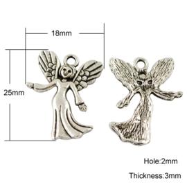 4 x Tibetaans zilveren bedeltje van een engeltje  25 x 18 x 3mm oogje: 2mm