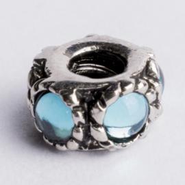 Be Charmed kraal zilver met een rhodium laag (nikkelvrij) c.a.10.8x 6.5mm groot gat: 4mm