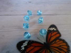 10 x Preciosa Kristal Bicone afmeting ca. 6mm oogje:1mm