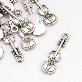 10x Tibetaans zilveren viool 8,5 x 25 x 2mm