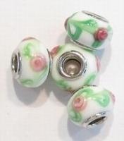 Per stuk Glaskraal European-style wit/groen met roze roosjes 14 mm