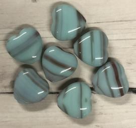 10 stuks hartvormige glaskralen lichtblauw met bruin 9mm gat 1mm