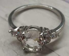 Ring 925 zilver met strassteen binnenmaat : 21,1mm buitenmaat : 24,4mm