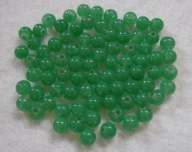 80 stuks  groene glaskraal van 6mm gat: 1 mm