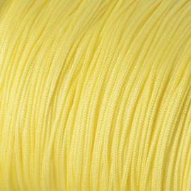3 meter Macramé Draad ca 1 mm Pale Lemon