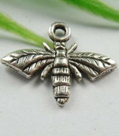 Tibetaans zilveren honingbij 17x14mm