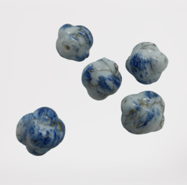 1x  Glaskraal wolkje blauw gemeleerd 15x14 mm gat: 2mm Delfts blauw
