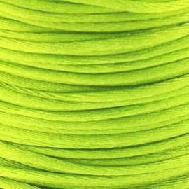 2 meter Macrame Satijndraad 1.0 Neon Light Green