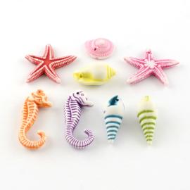 25 x Vrolijke gemixte acryl kralen zeedieren en schelpen