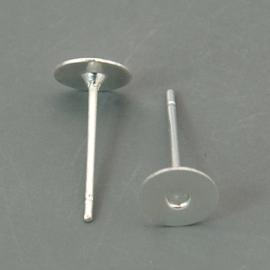 10 stuks oorstekers, verzilverd maat 10mm lang 0,7 dik en kop Ø  6mm (geen stopper bijgeleverd!)