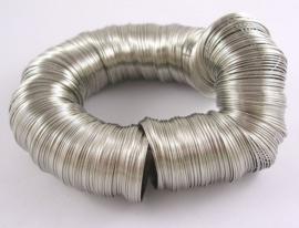 Memory Wire  nikkelkleurig 40 wendingen 28mm voor oorbellen