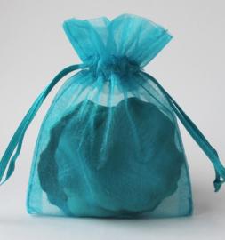 c.a. 50 x Organza zakjes  15 x 20 cm turquoise