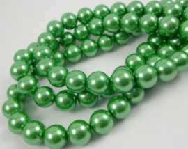 30 x prachtige  glasparel 8mm kleur: Aplle green