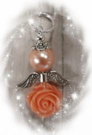 Per stuk engel gemaakt van een glasparel met een resin roosje