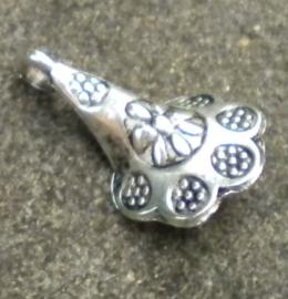 4 x Tibetaans Zilveren bedeltje van een bloem 3D 10x18mm