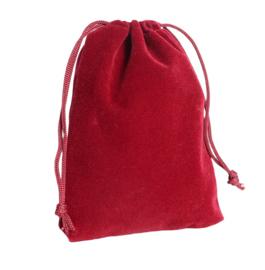 3 stuks prachtige cadeauzakjes van velours c.a. 7 x 9cm rood