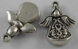 4 x Engel bedel Tibetaans Zilver 22 x 16,5 x 5,5mm oogje c.a. 2mm