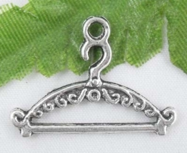 Tibetaans zilveren kleding hanger, kapstok  24x18mm