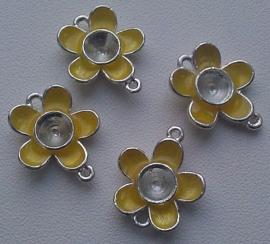 Per stuk Zilverkleurig metalen tussenzetsel bloem geel 19 mm