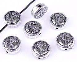 10 stuks antiek zilveren metallook kraal plat rond met anker 11 mm