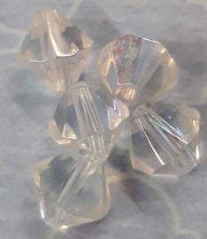 1x mooie facetkraal transparant met olieglans 8x7mm gat:1mm