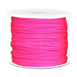 Per 2 meter Macramé draad 0.7mm Neon pink