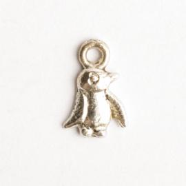 6 x metalen bedel piguin zilver kleur 11  x 8 mm oogje: 1,5mm