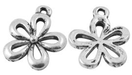 6 x Tibetaans zilveren bedeltje van een bloem 18 x 15 x 2mm Gat: 1,5mm