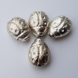 5 x metalen zilveren kraal lieveheersbeestje 11 mm