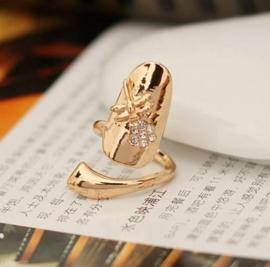 Prachtige Ring Dragonfly, verstelbaar voor aan de vingertop goudkleur