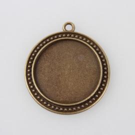 Houder M: Prachtige ronde Cabochon of Camée houder. Binnenzijde: 30mm geel koper kleur