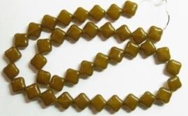10 stuks prachtige vierkante kralen van melkglas 10 x 10 x 5mm bruin