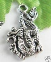 10x Tibetaans zilveren bedel van een draak 27x16mm