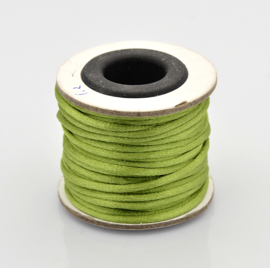 Rol met 10 meter Nylon  satijn koord Marcramé koord 2mm kleur Yellow Green