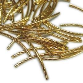 25 stuks gekerfde goudkleur buisjes metaal 35mm x 2 mm gat 1mm