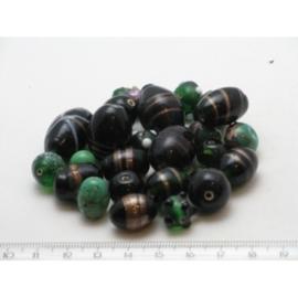 100 gram luxe glaskralenmix in diverse tinten mix 35
