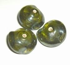 1 x Glaskraal fantasievorm 12x18mm groen met parelmoerglans