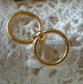Zakje met 10 stuks dubbel gelinkte goudkleurige gesloten ringen 19,5mm