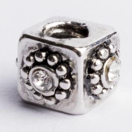 Be Charmed kraal zilver met een rhodium laag (nikkelvrij) c.a. 8 x 8mm groot gat: 4.3mm