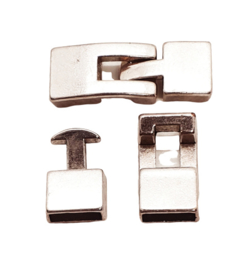 DQ metaal haaksluiting  Antiek zilver (nikkelvrij)  ca. 32 x 12 x 5mm (Ø 10x2mm)