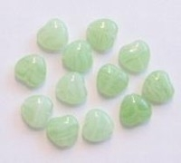 10 Stuks Glaskraal hartje lime-groen/wit gemeleerd 7 mm