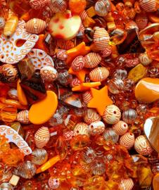 Luxe acryl kralen mix oranje (250 gram)  Kies voor pakketpost (op is op)