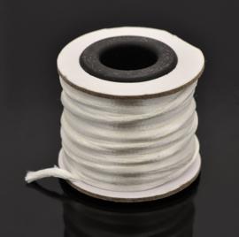 Rol met 10 meter Nylon  satijn koord Marcramé koord 2mm kleur wit