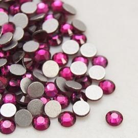 20 stuks (bijvoorbeeld geschikt als tand - nagel) kristallen 1.8mm Fuchsia