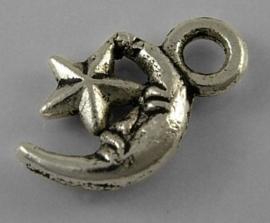10 Tibetaans zilveren bedeltjes van een maan met ster  11,5 x 7,5 x 2mm gat: 2mm