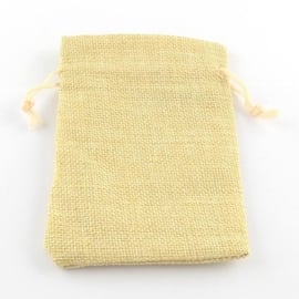 Cadeauzakje van Jute c.a. 14 x 10cm LemonChiffon