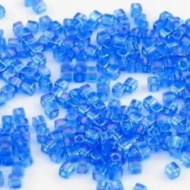 10 gram Kubus 1,8 mm Miyuki Blue Violet Transparant Rainbow