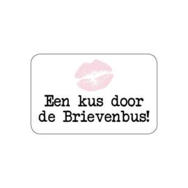 10 stuks Wensetiket rechthoek - Een kus door de Brievenbus 52 x 53mm